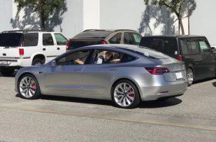 Silver-Tesla-Model-3-test-mule-SpaceX-1024x676